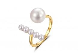 18ct Gold, Pearl & Diamond Ring