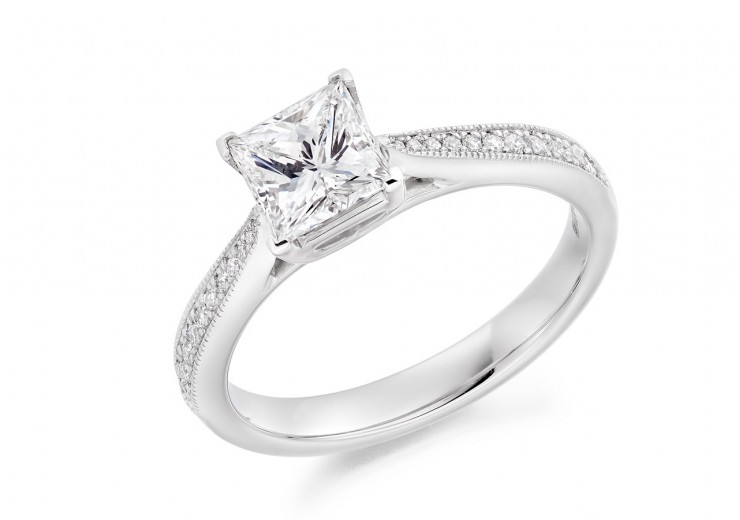 18ct White Gold Princess & Round Brilliant Cut Diamond Solitaire Ring 1.18ct