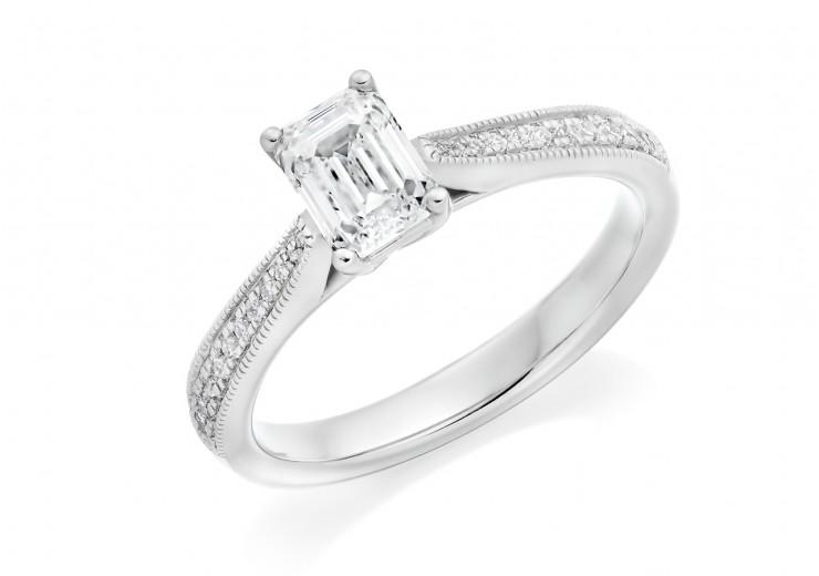 18ct White Gold Emerald & Round Brilliant Cut Diamond Solitaire Ring 0.89ct