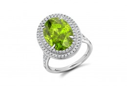 18ct White Gold Peridot & Diamond Oval & Round Brilliant Cut Cluster Ring 7.10ct