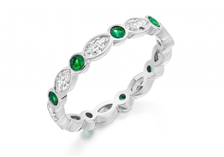 18ct White Gold Emerald & Diamond Marquise & Round Brilliant Cut Full Eternity Ring 1.32ct