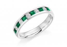 18ct White Gold Emerald & Diamond Princess & Round Brilliant Cut Half Eternity Ring 0.75ct