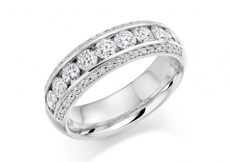 18ct White Gold Round Brilliant Cut Half Eternity Ring 1.25ct