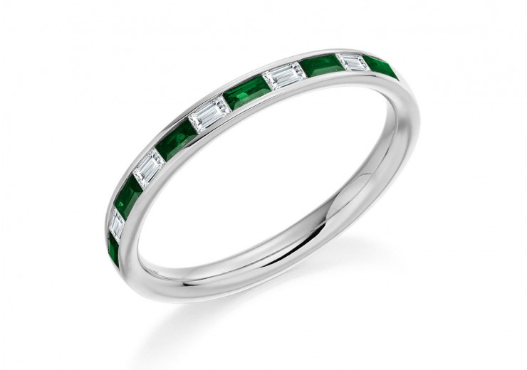 18ct White Gold Emerald & Diamond Baguette Cut Half Eternity Ring 0.42ct