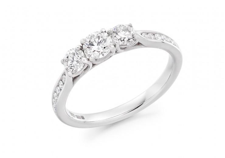 18ct White Gold Round Brilliant Cut Diamond Trilogy Ring 0.82ct