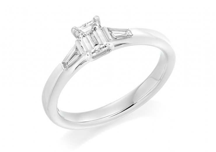 18ct White Gold Emerald & Baguette Cut Diamond Trilogy Ring 0.58ct