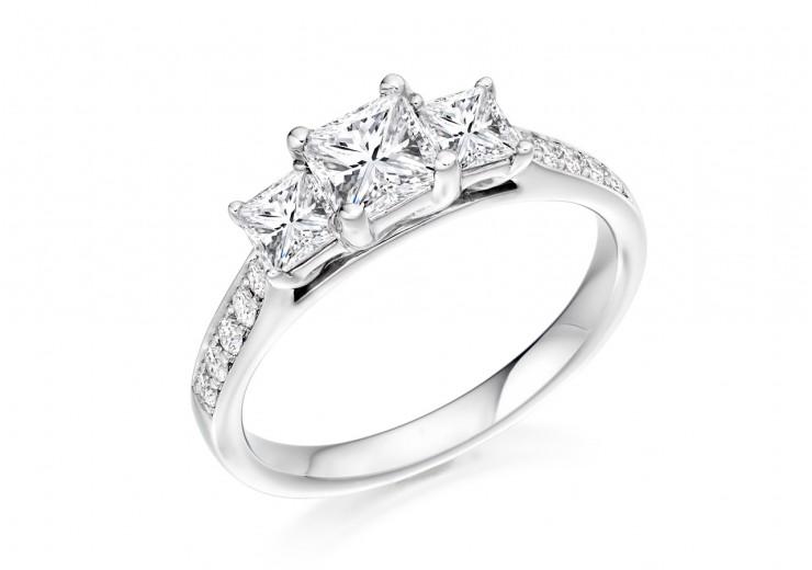 18ct White Gold Princess & Round Brilliant Cut Diamond Trilogy Ring 0.80ct
